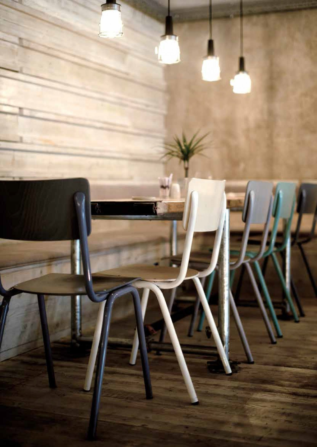 Suzanne s caf meubilair p m furniture horeca for Meubilair horeca