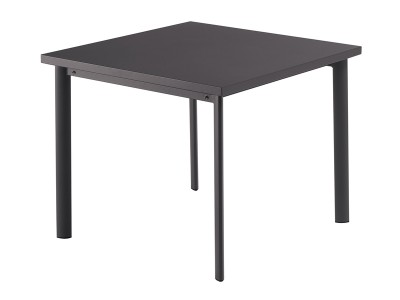 Knutt Table