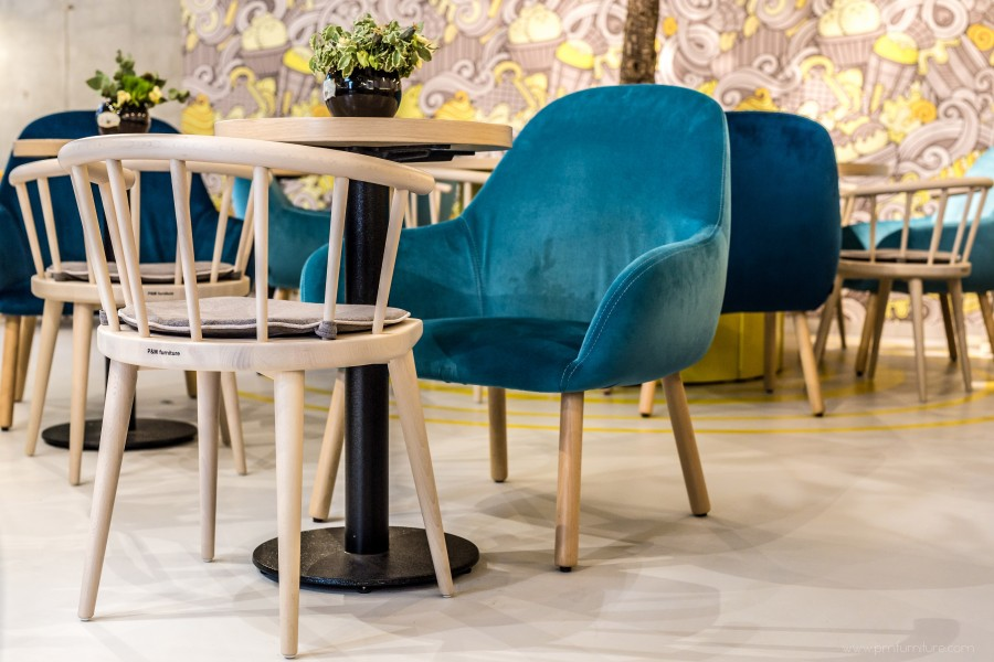 w 605 with cushion horeca stoelen p m furniture horeca meubilair op maat en interieurs. Black Bedroom Furniture Sets. Home Design Ideas